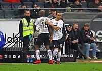 Timothy Chandler (Eintracht Frankfurt) kommt fuer Jetro Willems (Eintracht Frankfurt) - 16.12.2017: Eintracht Frankfurt vs. FC Schalke 04, Commerzbank Arena, 17. Spieltag Bundesliga