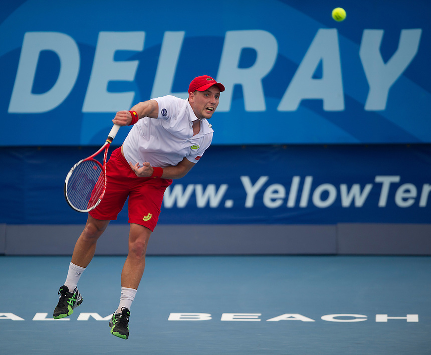Steve Darcis (BEL) in action during his defeat by Evgeny Donskoy (RUS) in their First Round match today - E Donskoy (RUS) d S Darcis (BEL) 7-6(5) 6-3..ATP 250 Tennis - 2012 Delray Beach International Tennis Championships - Day 1 -  Monday 25th February 2013 - Delray Beach Stadium & Tennis Center - Delray Beach - Florida - USA..© CameraSport - 43 Linden Ave. Countesthorpe. Leicester. England. LE8 5PG - Tel: +44 (0) 116 277 4147 - admin@camerasport.com - www.camerasport.com