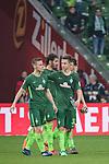 15.04.2018, Weser Stadion, Bremen, GER, 1.FBL, Werder Bremen vs RB Leibzig, im Bild<br /> <br /> Dank an die Fans nach dem Spiel <br /> Marco Friedl (Werder #32)<br /> Niklas Moisander (Werder Bremen #18)<br /> Ishak Belfodil (Werder #29)<br /> Milos Veljkovic (Werder Bremen #13)<br /> <br /> Foto &copy; nordphoto / Kokenge