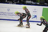 SHORTTRACK: DORDRECHT: Sportboulevard Dordrecht, 24-01-2015, ISU EK Shorttrack, Anna YAKIMOVA (BUL | #112), Katrin MANOILOVA (BUL | #108), ©foto Martin de Jong