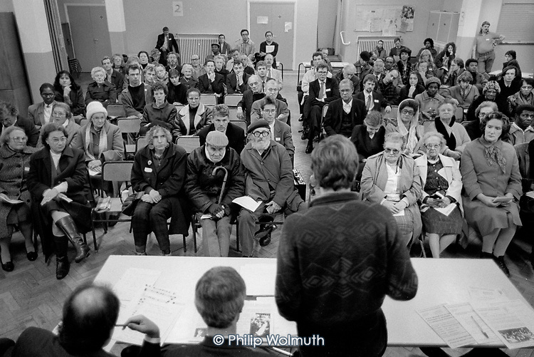 Walterton and Elgin Community Homes AGM, North Paddingon, London 1989.