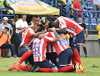 MONTERIA - COLOMBIA, 30-03-2019: Jugadores de Junior celebran después de anotar el primer gol de su equipo durante el partido por la fecha 12 de la Liga Águila I 2019 entre Jaguares de Córdoba F.C. y Atlético Junior jugado en el estadio Jaraguay de la ciudad de Montería. / Players of Junior celebrate after scoring the first goal of their team during match for the date 12 as part Aguila League I 2019 between Jaguares de Cordoba F.C. and Atletico Junior played at Jaraguay stadium in Monteria city. Photo: VizzorImage / Andres Felipe Lopez / Cont