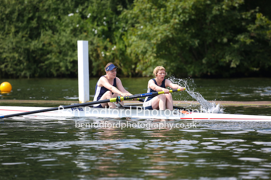 Race: 256  W.MasC.2-  Semi-Final<br /> 260  Bradford Amateur Rowing Club<br /> 262  Upper Thames Rowing Club<br /> <br /> Henley Masters Regatta 2018 - Saturday<br /> <br /> To purchase this photo, or to see pricing information for Prints and Downloads, click the blue 'Add to Cart' button at the top-right of the page.