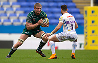 London Irish's Franco van der Merwe in action during todays match<br /> <br /> Photographer Bob Bradford/CameraSport<br /> <br /> Aviva Premiership Round 20 - London Irish v Exeter Chiefs - Sunday 15th April 2018 - Madejski Stadium - Reading<br /> <br /> World Copyright &copy; 2018 CameraSport. All rights reserved. 43 Linden Ave. Countesthorpe. Leicester. England. LE8 5PG - Tel: +44 (0) 116 277 4147 - admin@camerasport.com - www.camerasport.com