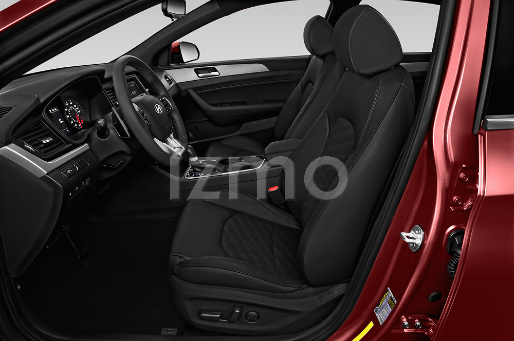 Front seat view of a 2019 Hyundai Sonata Sport 4 Door Sedan front seat car photos