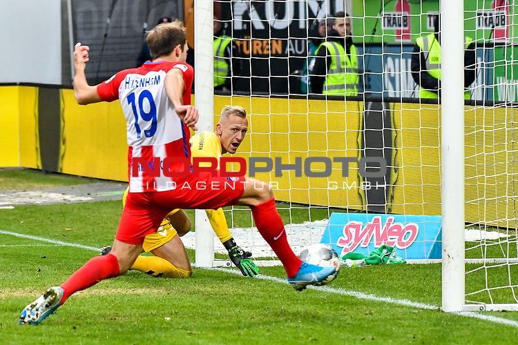 01.12.2019, Voith-Arena, Heidenheim, GER, DFL, 1. FC Heidenheim vs SpVgg Greuther Fürth, <br /> DFL regulations prohibit any use of photographs as image sequences and/or quasi-video, <br /> im Bild kein Tor nach Videobeweiss, Jonas Föhrenbach / Foehrenbach (Heidenheim, #19), Sascha Burchert (Fuerth, #30) reklamiert bereits lautstark<br /> <br /> Foto © nordphoto / Hafner
