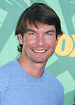 Actor Jerry O'Connell arrives at the 2008 Teen Choice Awards at the Gibson Amphitheater on August 3, 2008 in Universal City, California.