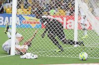 RIO DE JANEIRO, RJ, 02.02.2014 -  Thalles do Vasco comemora seu gol durante o jogo contra Botafogo pela quinta rodada do Cariocão no Maracanã. (Foto. Néstor J. Beremblum / Brazil Photo Press)