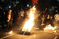 SAO PAULO, SP, 06 de junho 2013-  Manifestação contra o aumento das tarifas dos ônibus municipais de São Paulo, do Metrô e dos trens da CPTM (Companhia Paulista de Trens Metropolitanos) em frente a Prefeitura de Sao Paulo FOTO:ADRIANO LIMA / BRAZIL PHOTO PRESS).