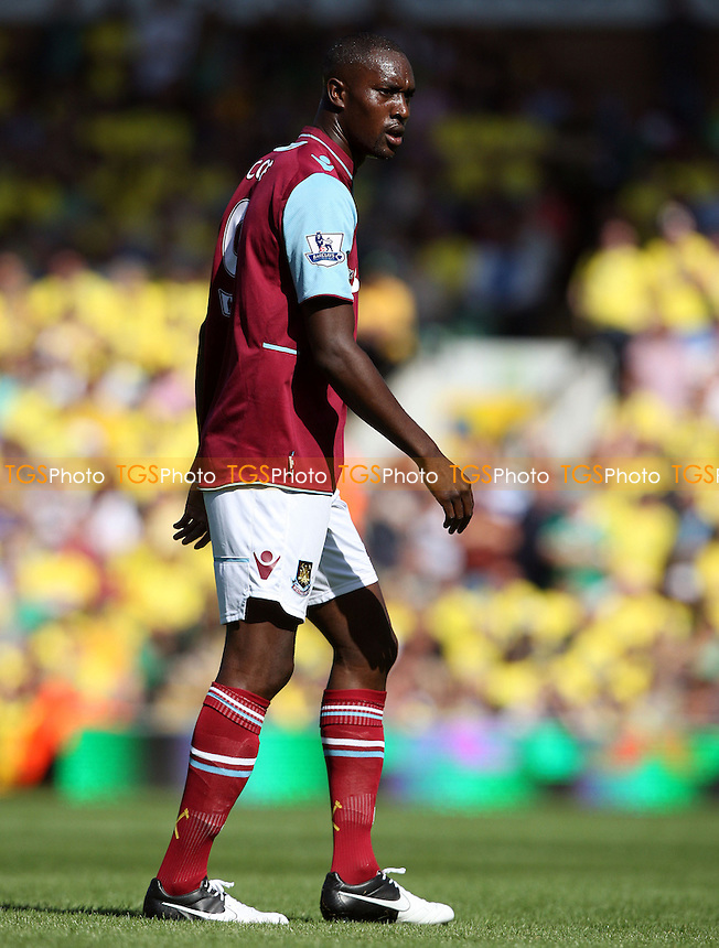 Carlton Cole of West Ham - Norwich City vs West Ham United, Barclays Premier League at Carrow Road, Norwich - 15/09/12 - MANDATORY CREDIT: Rob Newell/TGSPHOTO - Self billing applies where appropriate - 0845 094 6026 - contact@tgsphoto.co.uk - NO UNPAID USE.