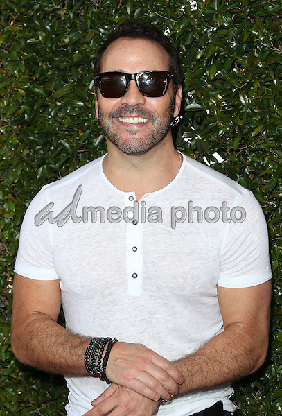 17 April 2016 - Los Angeles, California - Jeremy Piven. John Varvatos 13th Annual Stuart House Benefit. Photo Credit: Sammi/AdMedia