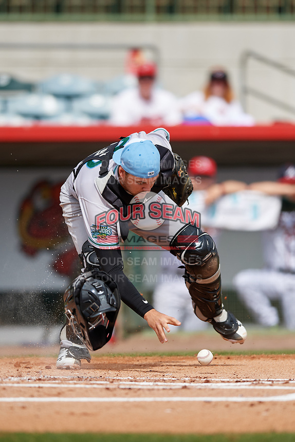 Daytona Tortugas catcher Cassidy Brown (28) fields a loose ball during a game against the Florida Fire Frogs on April 8, 2018 at Osceola County Stadium in Kissimmee, Florida.  Daytona defeated Florida 2-1.  (Mike Janes/Four Seam Images)