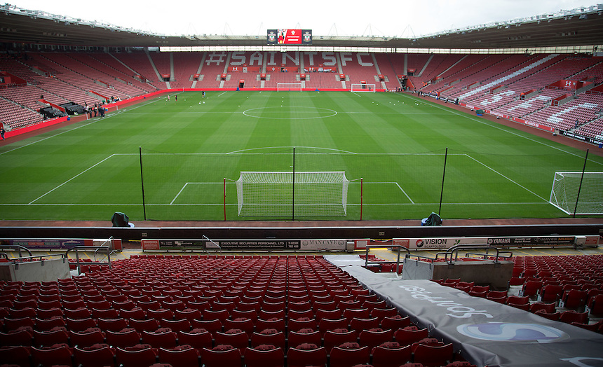 A General View of St Mary's stadium<br /> <br /> Photographer James Williamson/CameraSport<br /> <br /> The Premier League - Southampton v Burnley - Sunday 16th October 2016 - St Mary's Stadium - Southampton<br /> <br /> World Copyright &copy; 2016 CameraSport. All rights reserved. 43 Linden Ave. Countesthorpe. Leicester. England. LE8 5PG - Tel: +44 (0) 116 277 4147 - admin@camerasport.com - www.camerasport.com