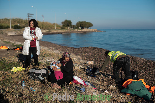 2015/12/04. Mytilene, Lesbos. Grecia. <br /> Three months after the death of Aylan Kurdi, Save the Children remember that the security of the borders can not be above the rights of refugees. Only in Greece, 728,000 refugees have arrived this year, 26% are children. Most small boats have arrived in the Greek island of Lesbos from Turkey. Pedro Armestre / Save the Children.<br /> Tres meses despu&eacute;s de la muerte de Aylan Kurdi, Save the Children recuerda que la seguridad de las fronteras no puede estar por encima de los derechos de los refugiados. Solo a Grecia han llegada m&aacute;s 728.000 personas refugiadas en lo que va de a&ntilde;o, el 26% son ni&ntilde;os. La mayor&iacute;a han llegado en peque&ntilde;as embarcaciones a la isla griega  de Lesbos procedentes de Turqu&iacute;a. Desde la muerte de Aylan m&aacute;s de 120 ni&ntilde;os han muerto en el mar intentando llegar a Europa. <br />  &copy; Pedro Armestre/ Save the Children Handout. No ventas -No Archivos - Uso editorial solamente - Uso libre solamente para 14 d&iacute;as despu&eacute;s de liberaci&oacute;n. Foto proporcionada por SAVE THE CHILDREN, uso solamente para ilustrar noticias o comentarios sobre los hechos o eventos representados en esta imagen.<br /> &copy; Pedro Armestre/ Save the Children Handout - No sales - No Archives - Editorial Use Only - Free use only for 14 days after release. Photo provided by SAVE THE CHILDREN, distributed handout photo to be used only to illustrate news reporting or commentary on the facts or events depicted in this image.