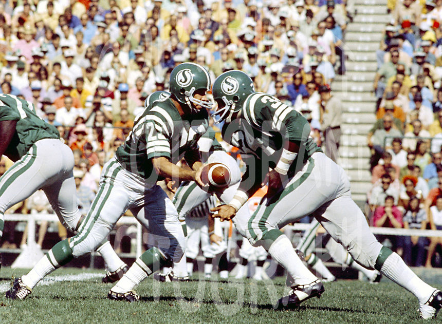 Ron Lancaster-George Reed-Saskatchewan Roughriders-Taylor Field-Photo: Ted Grant