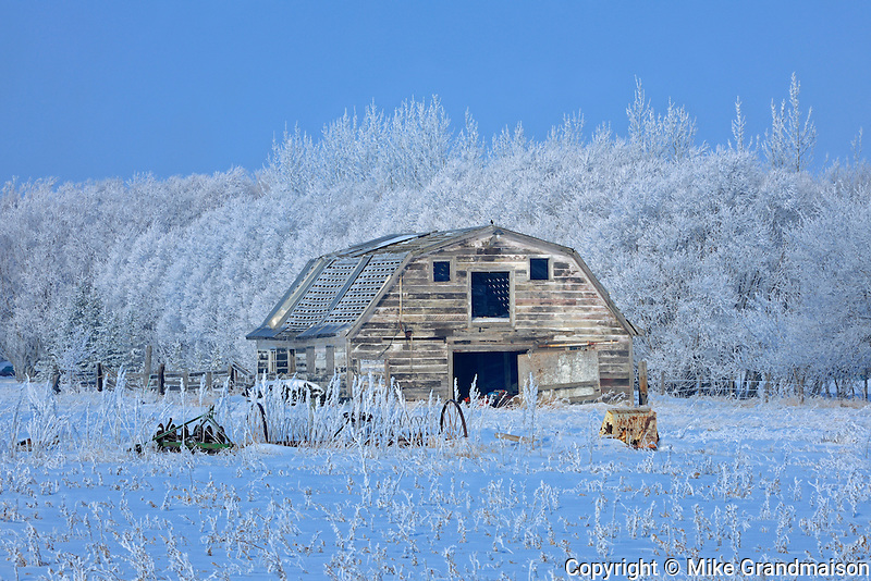 Old barn and hoarfrost<br />