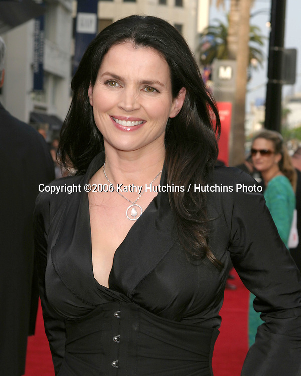 Julia Ormond.American Film Institute Honors Sean Connery.Hollywood & Highland.Los Angeles, CA.June 8, 2006.©2006 Kathy Hutchins / Hutchins Photo....