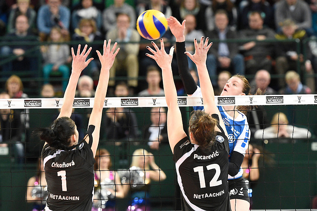 Halle/Westfalen, Germany, March 01: during the Volleyball DVV-Pokalfinale (Damen) between Ladies in Black Aachen and Allianz MTV Stuttgart on March 1, 2015 at the Gerry Weber Stadion in Halle/Westfalen, Germany. Final score 2-3 (25-17, 25-20, 19-25, 19-25, 13-15). (Photo by Dirk Markgraf / www.265-images.com) *** Local caption *** Renata Sandor #7 of Allianz MTV Stuttgart, Tatiana Crkonova #1 of Ladies in Black Aachen, Marija Pucarevic #12 of Ladies in Black Aachen