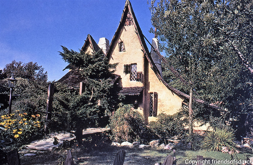 Los Angeles: Spadena House. Henry Oliver, 1921.Built for Willat Studios back in 1920 as a set for a few silent films, including Hansel and Gretel, and a studio office Moved to Beverly Hills in the 20's and turned into a functioning house. Called the Witch's House. Photo Dec. 1987.