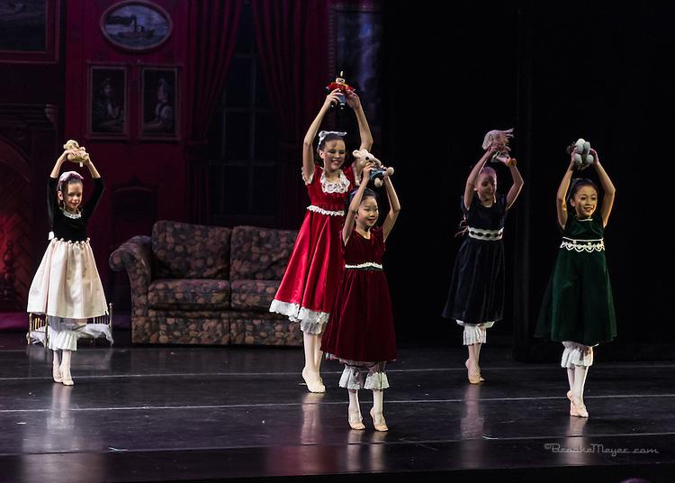"Cary Ballet Evening Performance ""Visions Of Sugarplums"", Cary Arts Center, Cary, North Carolina, 16 Dec 2012"