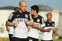 SAO PAULO, SP 16 DE JULHO - TREINO CORINTHIANS - O jogador do Corinthians Alessandro, treinou na tarde de hoje, 16, no Ct. Dr. Joaquim Grava, na zona leste de São Paulo. FOTO: PAULO FISCHER/BRAZIL PHOTO PRESS
