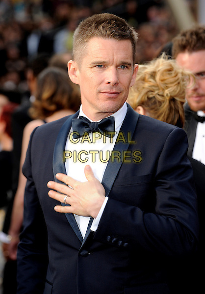 HOLLYWOOD, CA - MARCH 2: Ethan Hawke arriving to the 2014 Oscars at the Hollywood and Highland Center in Hollywood, California. March 2, 2014. <br /> CAP/MPI/COR<br /> &copy;Corredor99/ MediaPunch/Capital Pictures
