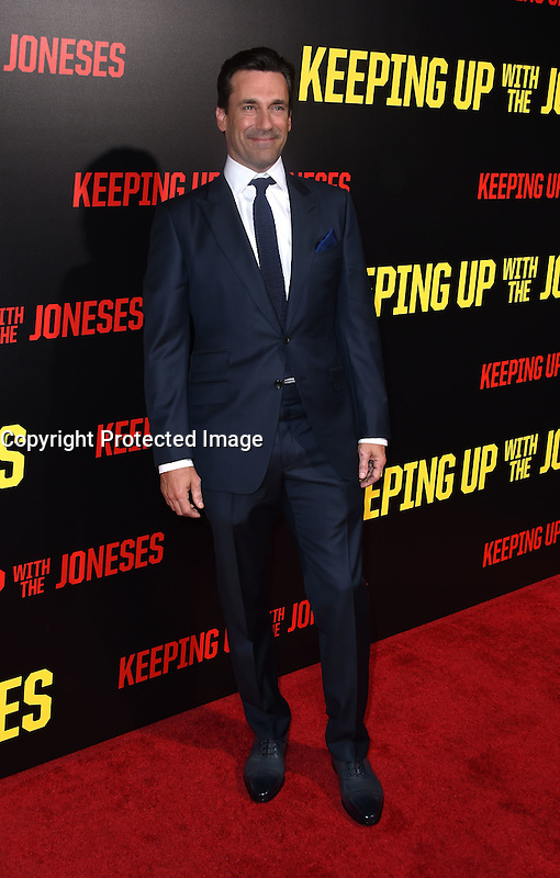 Jon Hamm @ the premiere of 'Keeping Up With The Joneses' held @ the Fox studios backlot. October 8, 2016 , Los Angeles, USA. # PREMIERE DU FILM 'KEEPING UP WITH THE JONESES'