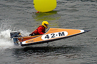 42-M  (Outboard Runabout)