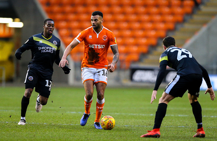 Blackpool's Curtis Tilt takes on Shrewsbury Town's Ollie Norburn and Fejiri Okenabirhie<br /> <br /> Photographer Alex Dodd/CameraSport<br /> <br /> The EFL Sky Bet League One - Blackpool v Shrewsbury Town - Saturday 19 January 2019 - Bloomfield Road - Blackpool<br /> <br /> World Copyright &copy; 2019 CameraSport. All rights reserved. 43 Linden Ave. Countesthorpe. Leicester. England. LE8 5PG - Tel: +44 (0) 116 277 4147 - admin@camerasport.com - www.camerasport.com