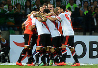 MEDELLÍN -COLOMBIA-03-12-2014. Leonardo Pisculichi (Izq) jugador de River Plate de Argentina celebra un gol anotado a Atlético Nacional de Colombia durante juego de ida de la final en la Copa Total Sudamericana 2014 realizado en el estadio Atanasio Girardot de Medellín./ Leonardo Pisculichi (L) player of River Plate of Argentina celebrates a goal scored to Atletico Nacional of Colombia during the first leg match for the final of the Copa Total Sudamericana 2014 played at Atanasio Girardot stadium in Medellin. Photo: VizzorImage/Luis Ríos/STR