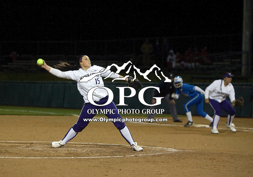 1 April 2010:  Washington Huskies pitcher Danielle Lawrie fires the ball to the plate against UCLA.  UCLA defeated Washington 1-0 at Husky Softball Stadium in Seattle, WA.