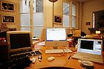 Friday January 4th 2008. .Paris, France..At Cosmos Photo Agency.Boulevard de la Tour Maubourg - 7th Arrondissement