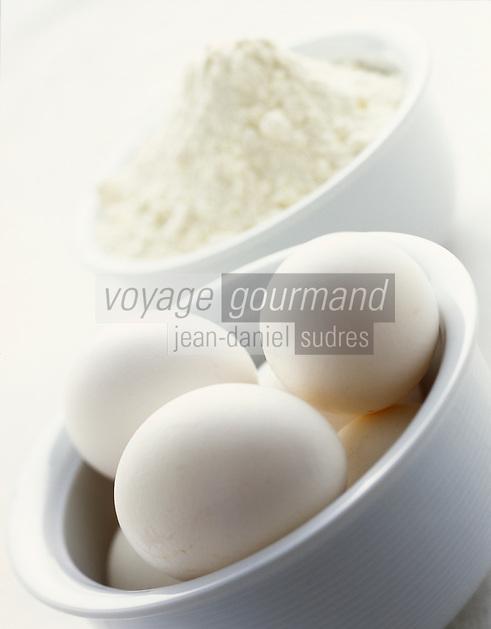Gastronomie générale / Cuisine générale/Patisserie:  Oeufs et farine