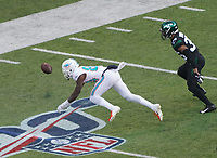 wide receiver Isaiah Ford (84) of the Miami Dolphins kann den Pass nicht fangen - 08.12.2019: New York Jets vs. Miami Dolphins, MetLife Stadium New York