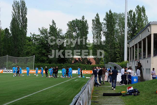 LAUSANNE - Trainingskamp Nederlands Elftal in Zwitserland in het Stade Juan-Antonio Samaranch, voorbereiding EK 2012, 23-05-2012, trainingscomples