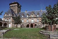 Europe/France/Auvergne/12/Aveyron/Rodez: La cathédrale Notre-Dame  et le Palais épiscopal