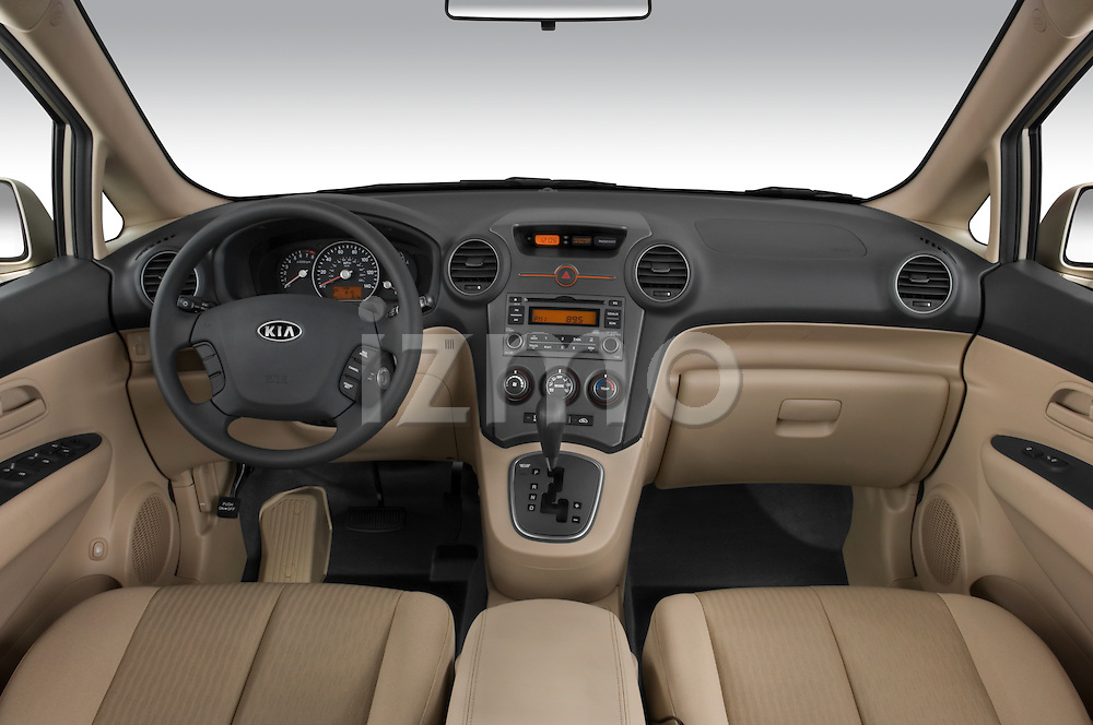 Straight dashboard view of a 2008 Kia Rondo EX V6
