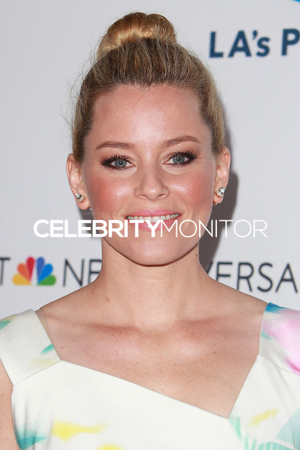 UNIVERSAL CITY, CA, USA - SEPTEMBER 30: Elizabeth Banks arrives at LA's Promise Gala 2014 held at the Globe Theatre at Universal Studios on September 30, 2014 in Universal City, California, United States. (Photo by David Acosta/Celebrity Monitor)