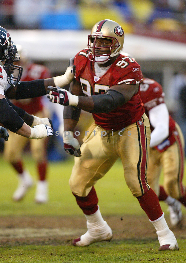 Bryant Young, of the San Francisco 49ers, in action  during thier game against the Houston Texans on January 1, 2006...49ers win 20-17...Rob Holt / SportPics