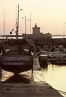 Europe/France/Poitou-Charentes/17/Charente-Maritime/Ile d'Oléron : Le port et le fort du Chapus ou fort Louvois