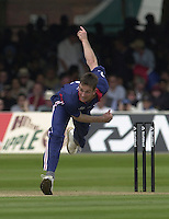 .29/06/2002.Sport - Cricket - .NatWest triangler Series England - Sri Lanka - India.England vs india 50 overs.  Lord's ground.England bowling James Kirtley..