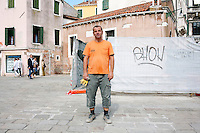 Italy / Veneto / Venezia / 15.9.2012 / Ramazan Selimoski, from Macedonia, in Campo Santo Stefano in Venice, where he is working. <br />