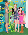 Cameron Diaz,Abigail Breslin & Sofia Vassilieva  at The Fox 2009 Teen Choice Awards held at Universal Ampitheatre  in Universal City, California on August 09,2009                                                                                      Copyright 2009 DVS / RockinExposures
