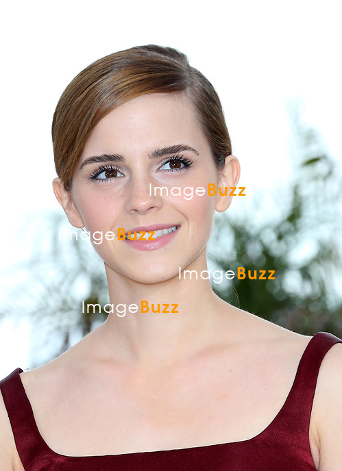 CPE/Emma Watson attends 'The Bling Ring' photocall during the 66th Annual Cannes Film Festival at Palais des Festival on May 16, 2013 in Cannes, France.