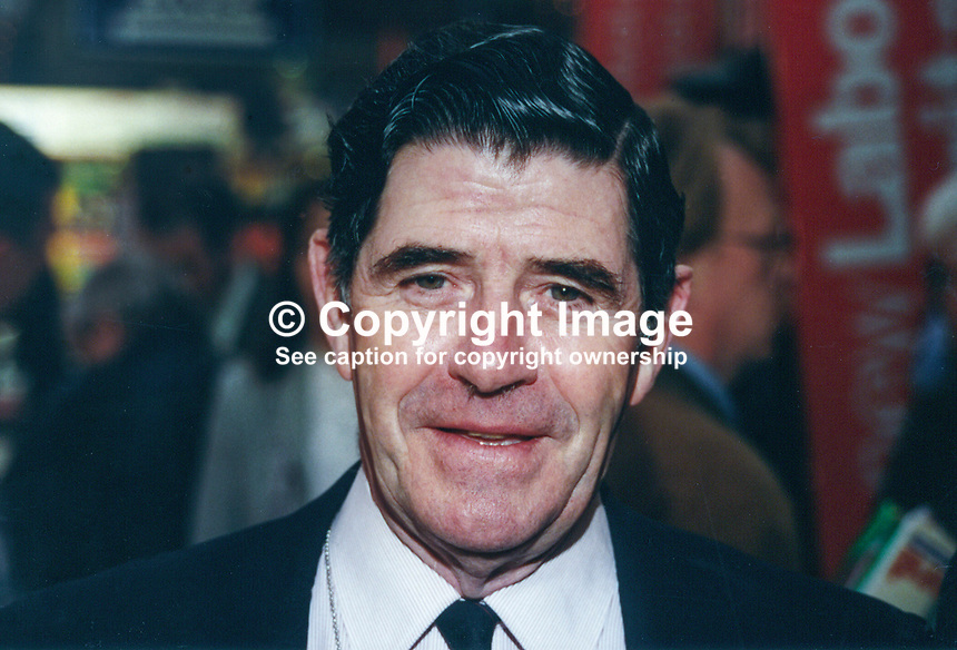 Lord Carter, aka Denis Carter, Life Peer, Labour Party, UK, 19961016LC..Copyright Image from Victor Patterson, 54 Dorchester Park, Belfast, UK, BT9 6RJ..Tel: +44 28 9066 1296.Mob: +44 7802 353836.Voicemail +44 20 8816 7153.Skype: victorpattersonbelfast.Email: victorpatterson@mac.com.Email: victorpatterson@ireland.com (back-up)..IMPORTANT: If you wish to use this image or any other of my images please go to www.victorpatterson.com and click on the Terms & Conditions. Then contact me by email or phone with the reference number(s) of the image(s) concerned.