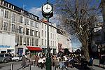 20080110 - France - Aquitaine - Pau<br /> CAFES ET PLACE CLEMENCEAU AU CENTRE VILLE PIETONNIER DE PAU.<br /> Ref : PAU_010.jpg - © Philippe Noisette.