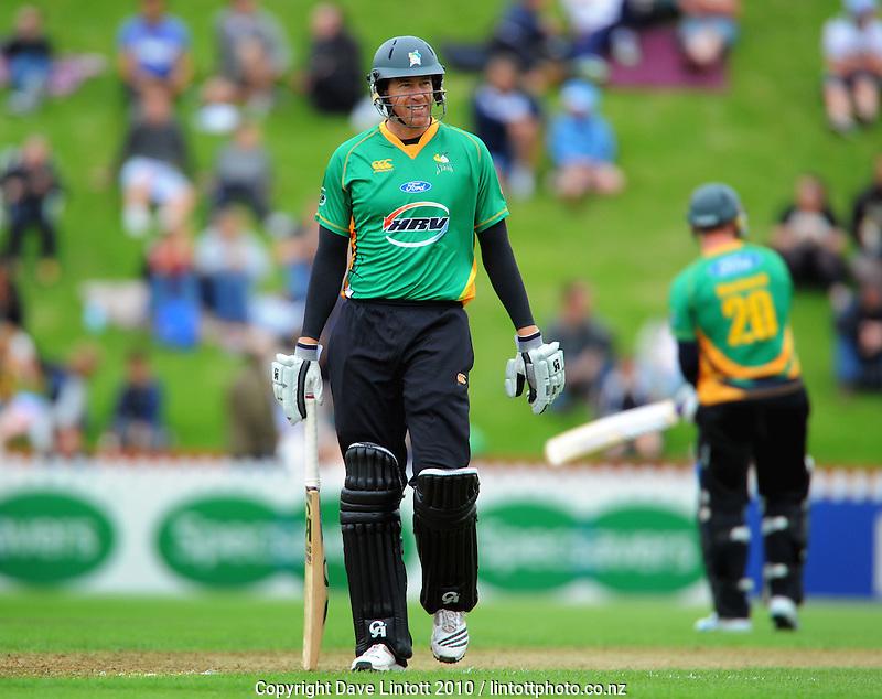Stags batsman Jacob Oram. HRV Cup Twenty20 cricket - Wellington Firebirds v Central Stags at Allied Nationwide Finance Basin Reserve, Wellington. Monday, 27 December 2010. Photo: Dave Lintott / lintottphoto.co.nz