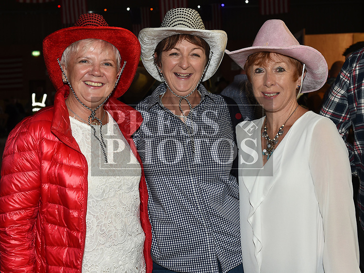 Carmel Finnegan, Louise Kenny and Kay Hatton at the Big Country night in Cushinstown Athletic Club in aid of the Oncology Unit at Our Lady of Lourdes Hospital. Photo:Colin Bell/pressphotos.ie
