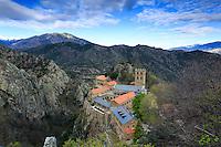 France, Pyrénées-Orientales (66), Casteil, abbaye Saint-Martin du Canigou // France, Pyrenees Orientales, Casteil, Saint Martin du Canigou abbey