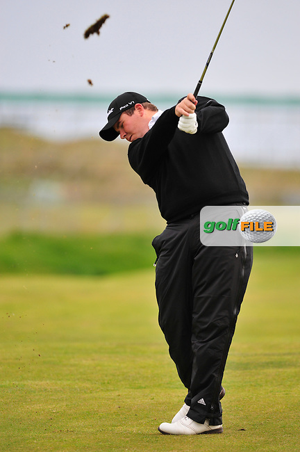 Shane Lowry plays his 2nd shot on the 16th hole during Round 3 of the 3 Irish Open on 16th May 2009 (Photo by Eoin Clarke/GOLFFILE)